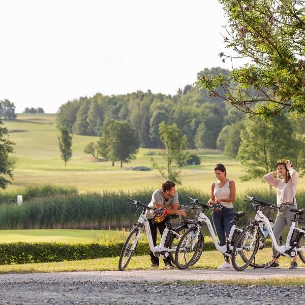Pause der Radfahrer in Bad Tatzmannsdorf © Roland Unger