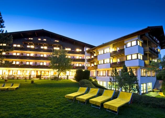 Abendstimmung vom Hotel Sonnalp © Albin Niederstrasser