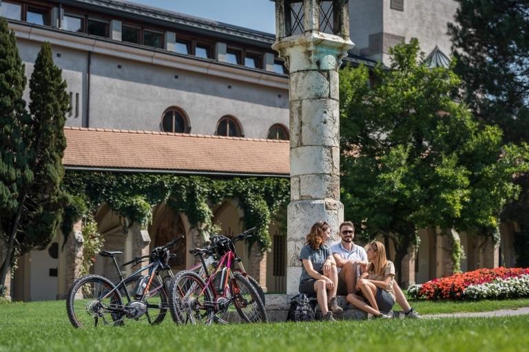 Pause der Radfahrer in der Silberregion Karwendel © ichmachefotos.com - Angelica Morales