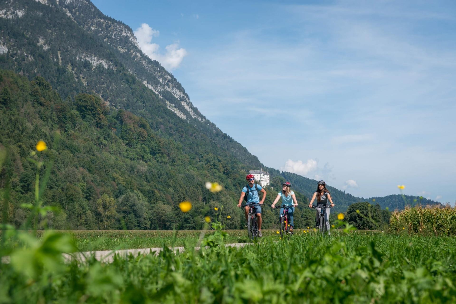 Genuss Radtour in der Silberregion Karwendel © ichmachefotos.com - Angelica Morales