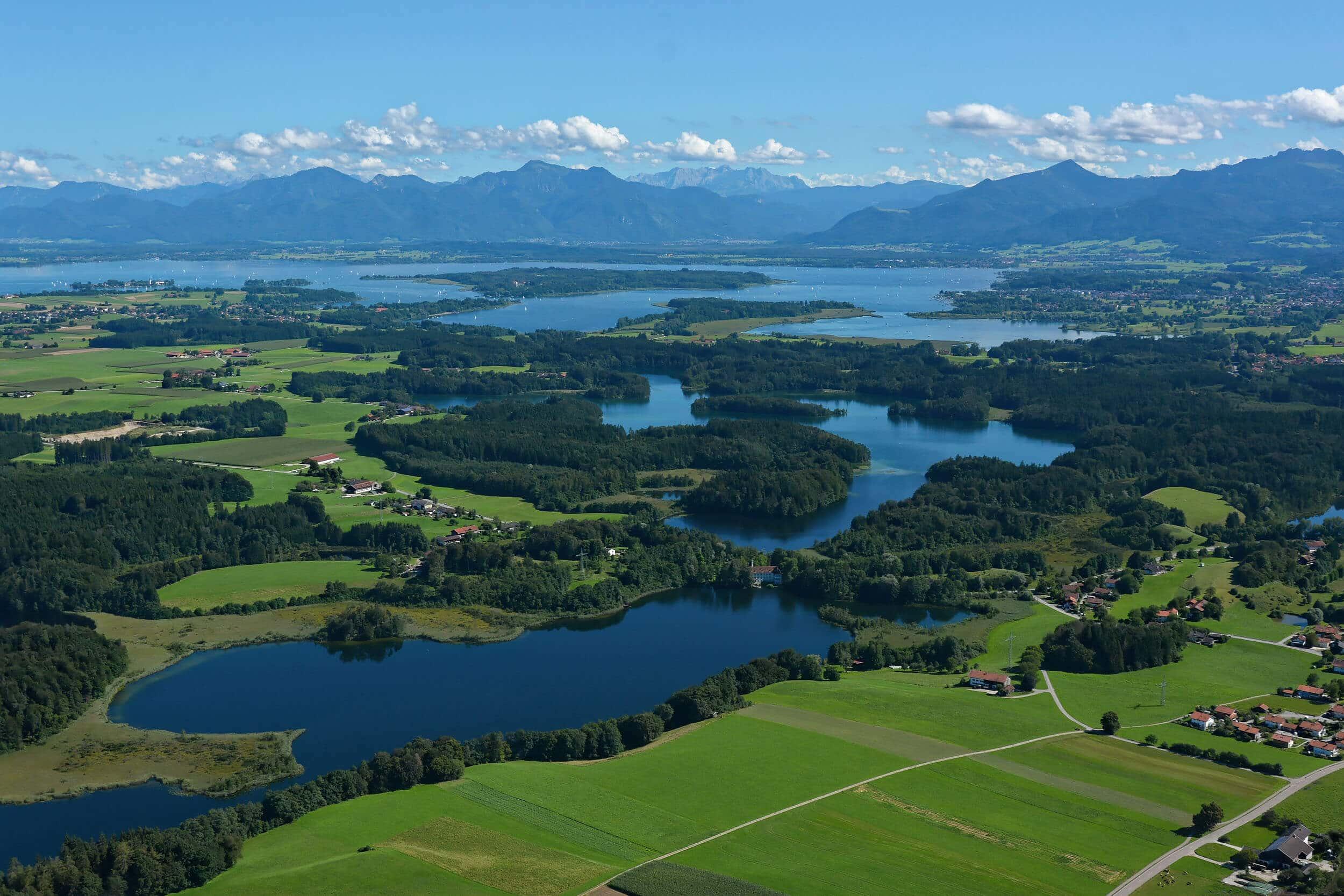 Eggstätt-Hemhofer-Seenplatte und Chiemsee © Chiemsee-Alpenland Tourismus