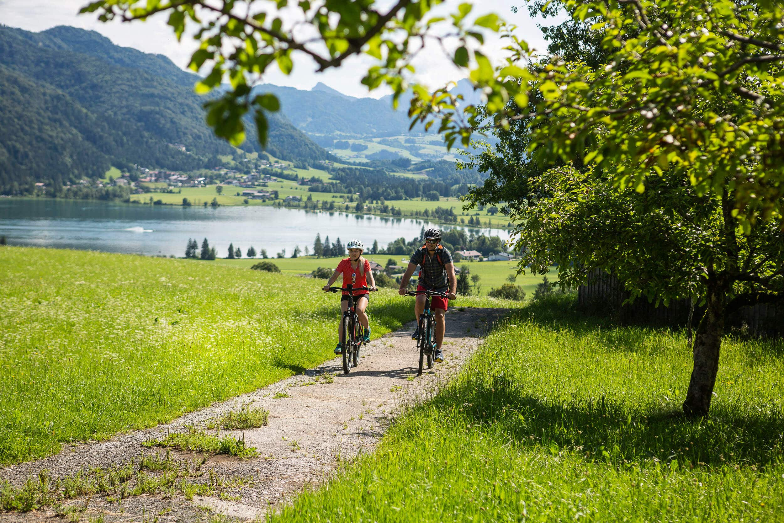 Fahrradtour entlang des Walchsees im Kaiserwinkl © Velontour