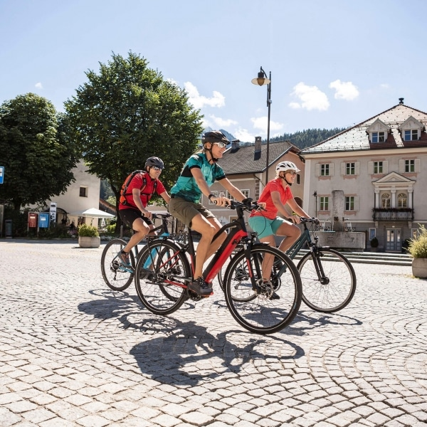 Radtour durch Niederdorf in Südtirol © Velontour