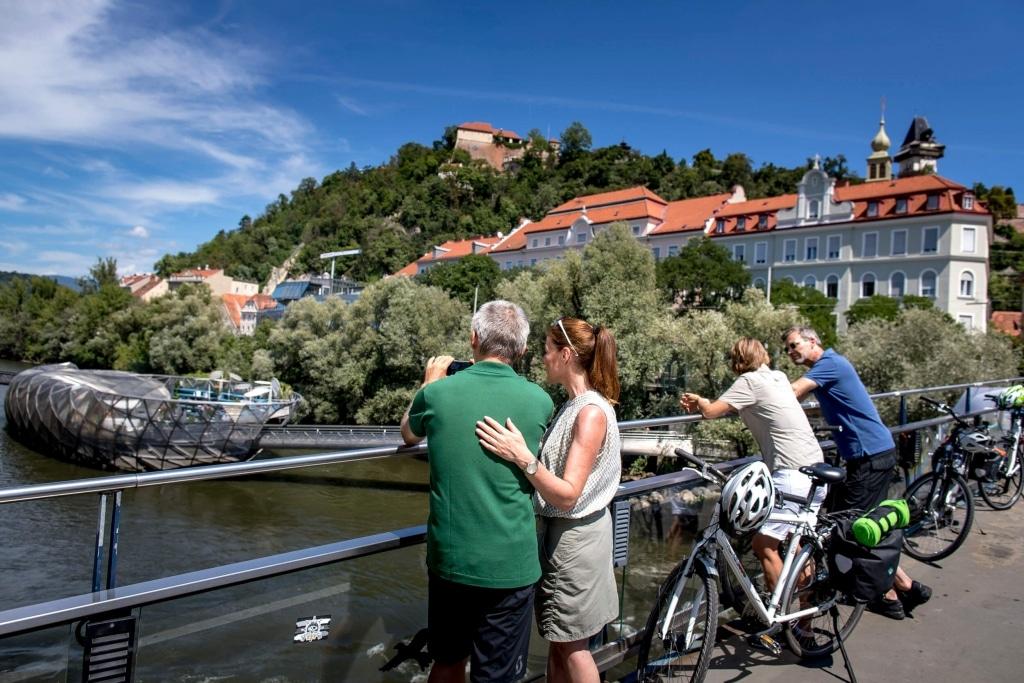 Blick auf die Acconci Insel © Steiermark Tourismus / Tom Lamm