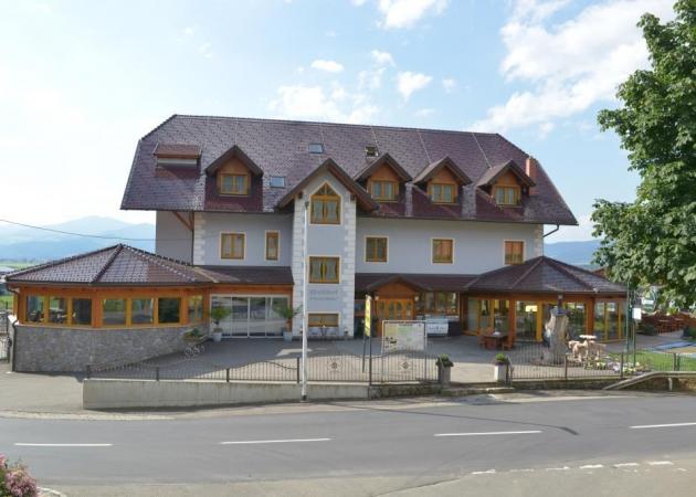 Das Haupthaus © Hotel Restaurant Perschler